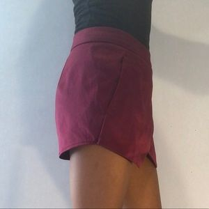 Express Shorts - EXPRESS   TULIP STYLE SKORT   (size 4)